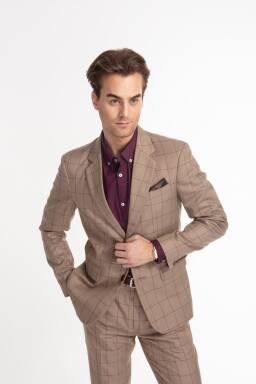 b23bccb4abd06 Trapani Suit - garnitur w kolorze beżowym w bordową kratę windowpane